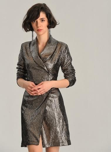 Agenda Metalik Kumaşlı Ceket Elbise Altın